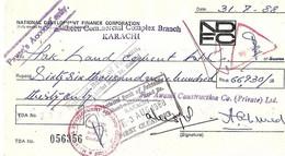 PAKISTAN NATIONAL DEVELOPMENT FINANCE CORPORATION OLD USED  CHEQUE KARACHI. - Bank & Insurance