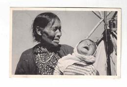 "Manitoba, Churchill River, Canada, ""Swampy Cree Woman Of The Churchill River With Grandchild "". Old WB  Postcard - Churchill"