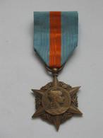 Médaille/Décoration - Médaille D'honneur Des Assurances Sociales  **** EN ACHAT IMMEDIAT **** - France