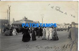 157691 URUGUAY MONTEVIDEO CALLE LAVALLEJA COSTUMES PEOPLE YEAR 1912 POSTAL POSTCARD - Uruguay