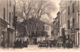 FR66 ILLE SUR TET - Fau 9 - La Route Nationale - Pharmacies - Devantures Attelages Voiture - Animée - Belle - Other Municipalities
