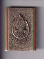 Insigne 2ème REC - 2ème Régiment Etranger De Cavalerie - Dos Lisse - Fabricant Andor - France