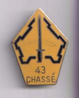Insigne à Identifier - 43 Chassé - 43ème RI Lille ? - Dos Guilloché - Pas De Marque - France