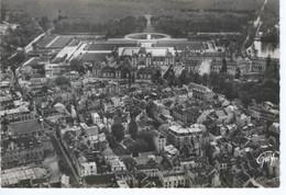 CPSM - 77- FONTAINEBLEAU - EN AVION AU DESSUS ... -  -TBE - - Fontainebleau