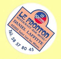 AUTOCOLLANT -  LE FRONTON - RESTAURANT BAR HÔTEL- DANIEL LAFFITTE - 40300 SAINT LON LES MINES - LES ROUTIERS - Stickers