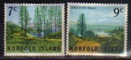 ILE NORFOLK.année 1966. Yv.# 74/75.   Le Pin De Norfolk.   2 T-p Neufs ** - Norfolk Island