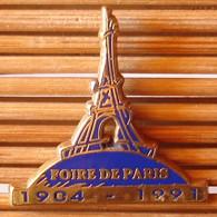 Joli Pin's Foire De Paris 91, Zamac, Decat, TBQ, Pins Pin. - Villes