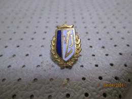 Football Club STANDARD Liege Belgium Badge??????????????????????????? - Football