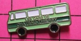 SP03 Pin's Pins / Beau Et Rare / THEME : TRANSPORTS / AUTOBUS ROUTIER VERT LES CARS DE CHATEAU-THIERRY La Fronde ? - Transport Und Verkehr