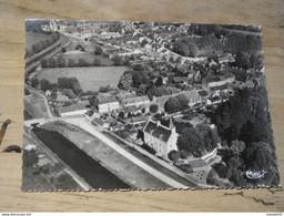 LA GUERCHE SUR L'AUBOIS : Le Chateau, Le Canal Et La Ville, Vue  Aerienne  ................201101-G673 - La Guerche Sur L'Aubois