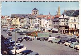 (51). 511.A.17 Chalons Sur Marne. Eglise St Jean Ecrite Petites Taches Au Dos. Citroen DS, Peugeot 203... - Châlons-sur-Marne