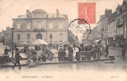 AVRANCHES - Le Marché - Avranches