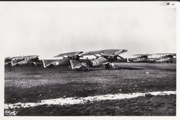 ISTRES AVIATION - BOUCHES DU RHÔNE - (13) - GROUPE D'AVIONS... - 1919-1938
