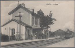 Fours , Train Arrivant En Gare , Animée - Andere Gemeenten