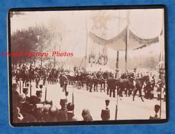 2 Photos Anciennes Vers 1900 - PARIS ? - Visite Du Tsar Nicolas II De Russie - Famille Royale Romanov - Attelage Caléche - Anciennes (Av. 1900)