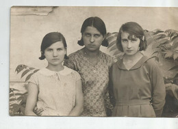 Girls For Photo   Li324-470 - Anonymous Persons