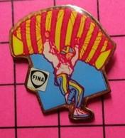 211c Pin's Pins / Beau Et Rare / THEME : SPORTS / PARACHUTISME CARBURANTS FINA - Parachutting