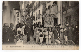 CPA   FUENTERRABIA       -    PROCESSION DE N. S. DE GUADALUPE   EN LA CALLE MAYOR - Guipúzcoa (San Sebastián)