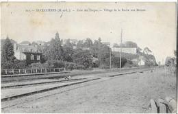 SAVENNIERES: Gare Des Forges - Village Roche Aux Moines - Coll L.P. (écrite Par Besneville à Ses Soeurs Marie Et Louise) - Otros Municipios