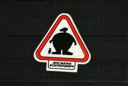 Autocollant   -       BIG BANG SCHTROUMPF - Stickers