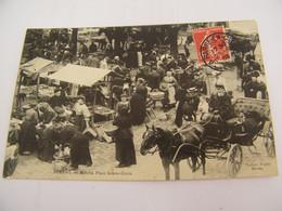 CPA - Bernay (27) - Marché Place Ste Sainte Croix - 1908 - SUP (ES 28) - Bernay