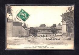 (15/04/21) 55-CPA RARECOURT - FONTAINE ET RUE DE LA LORRAINE - Other Municipalities