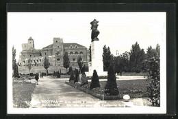AK Belgrad, Un Coin Du Parc Dans L`ancienne Forteresse - Serbia