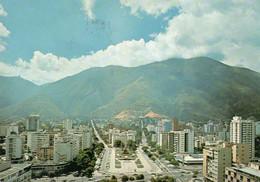 ~~ Caracas - Plaza Altamira Y Sierra Del Avila - Venezuela