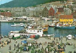 Norvege Norway Norge Bergen View Of The Harbour + Timbre Cachet 1980 Bateau Volkswagen Combi Camionnette - Noruega