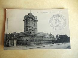 """Dept 94  Vincennes Le Donjon  (  Timbre  Avec Beau Cachet ' Tampont """" A La Memoire Du Generale De Gaulle 1980 ) - Vincennes"""