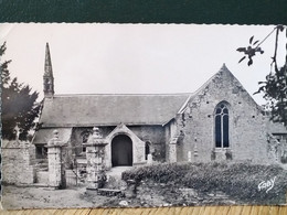 22  ,  Gouarec , La Chapelle De Saint Gilles ,vue Générale En 1965 - Other Municipalities