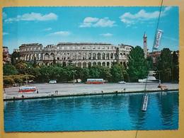 KOV 29-30 - PULA, Croatia, Istra, Arena, Amphithéâtre, Amphitheater, Bus, Autobus - Croatia
