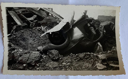 Dakar. Obus De 380 Tombe Dans Un Garage. 1939-1945. - Barche