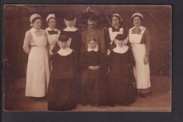 D37 /   Foto AK Rotes Kreuz Schwestern + Nonnen - Unclassified