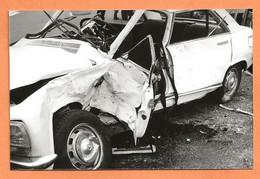 PHOTO ORIGINALE 1978 - ACCIDENT DE VOITURE PEUGEOT 504 - CRASH CAR - Auto's