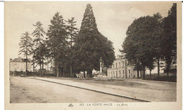 CPA - 61 - LA FERTÉ MACÉ - La Gare - - La Ferte Mace