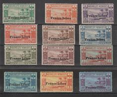 Nouvelle Hébrides 1941 Série France Libre Complète 124-135 12 Val ** MNH Mais Avec Traces Rousseurs Voir Scans - Neufs