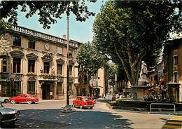 Automobiles - Voitures De Tourisme - Salon De Provence - La Mairie Et La Statue D'Adam De Craponne - CPM - Voir Scans Re - Turismo