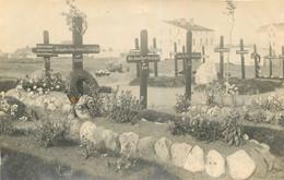 CARTE PHOTO CIMETIERE SOLDATS ALLEMANDS - War 1914-18