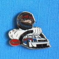 1 PIN'S //  ** PILOTE AUDI / 24H DU MANS / ANTAR / PIONEER / DUNLOP ** . (Jacabi) - Audi
