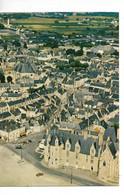 49 BAUGé ; La Mairie Et Le Centre Du Bourg / CPM Artaud N° 205 Voyagée 1986 / Timbre A Vert / RARE - Altri Comuni