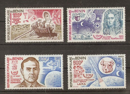 Bénin 1977 - Conquête De L'espace - Série Complète MNH - PA 279/82 - Newton - Laïka - Komarov - Opération Viking - Benin - Dahomey (1960-...)