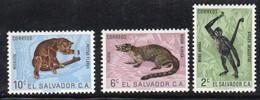 APR288 - EL SALVADOR , Tre Valori Con Gomma Integra ***  (2380A)  Animali - El Salvador