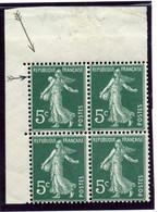 "Variété Semeuse - N°137:  Coin De Feuille, Bloc De 4: 5c Vert - ""Gros Sein"" ""Anneau Lune"" - Curiosities: 1900-20 Mint/hinged"
