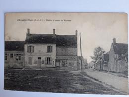 CPA - Chevrinvillers (77) - Mairie Et Route De Verteau - Altri Comuni