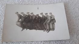 Postkarte Soldaten Der Reichwehr Sitzen  Auf Kanone Reichsheer 1929 Militär Karte - 1939-45
