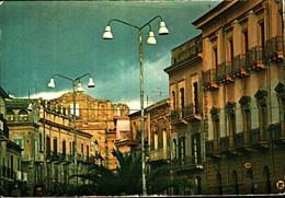 39793) CARTOLINA DI MAZZARINO-CORSO VITTORIO EMANUELE-NUOVA - Andere Steden