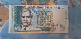 MAURITIUS 100 RUPEES P 44 1998 AUNC SC- - Mauritius