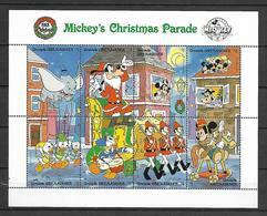 Disney Grenada Gr 1988 Mickey's Christmas Parade Sheetlet MNH - Disney