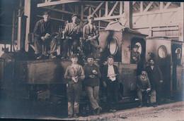 Chemin De Fer, Locomotive Henschel & Sohn, Les Cheminots Et Les Mécaniciens (7802) - Equipment
